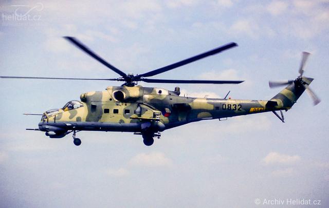 Foto vrtulníku 0832 - Mil Mi-24V Hind E