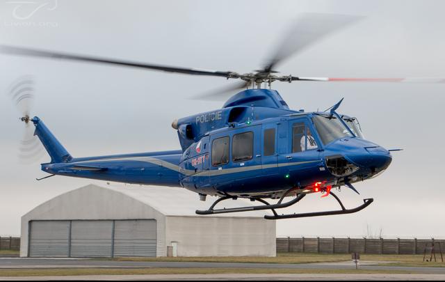 Foto vrtulníku OK-BYT - Bell 412 EPI